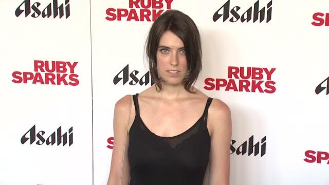 "rebecca thomas at ""ruby sparks"" new york special screening at sunshine landmark on july 11, 2012 in new york, new york - ランドマークサンシャインシアター点の映像素材/bロール"