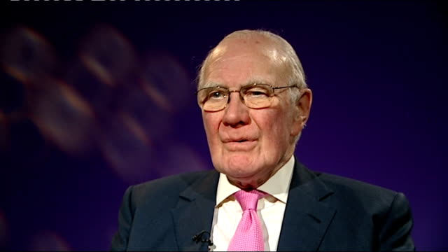 international diplomacy; london: sir menzies campbell mp interview sot ext / night reporter to camera - diplomacy stock videos & royalty-free footage