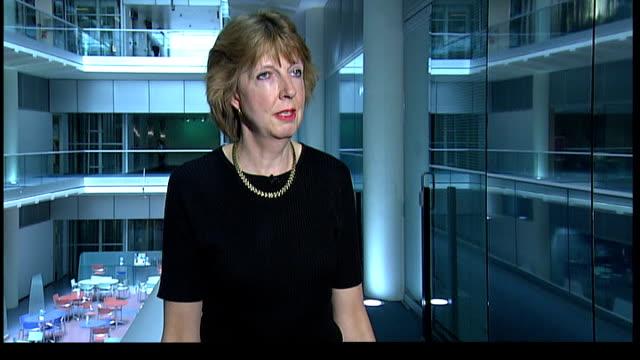 rebroadcast of tony hancock egg advertisement blocked; london: gir: amanda cryer interview sot kristoffer hammer 2-way interview from westminster sot - トニー ハンコック点の映像素材/bロール