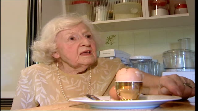 rebroadcast of tony hancock egg advertisement blocked; marguerite patten interview sot - トニー ハンコック点の映像素材/bロール