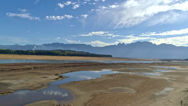 receding water levels of the theewaterskloof dam in a drought - south africa stock videos & royalty-free footage