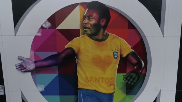 BRA: In his native Brazil, Pele's fans share their praise for the football legend on his 80th birthday