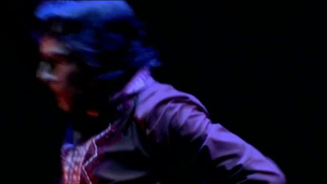 vídeos de stock e filmes b-roll de report on unemployment in jerez; **music heard sot** low angle view feet of flamenco dancer male flamenco dancer dancing flamenco dancer and singer... - flamenco