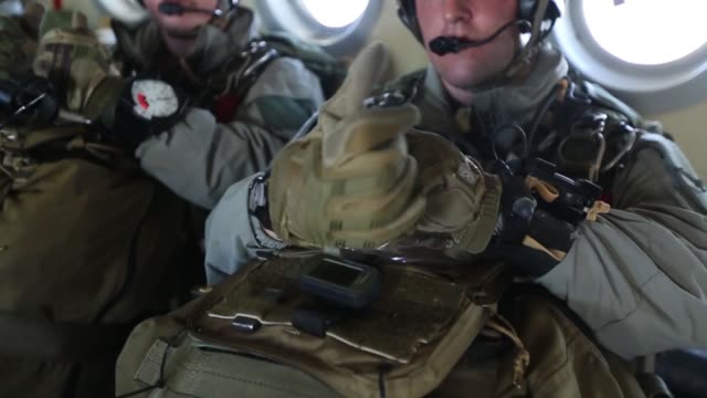 Reconnaissance Marines execute parachute operations March 21 at the IDIS Corp military free fall drop zone in Temple Texas during Exercise Desert...