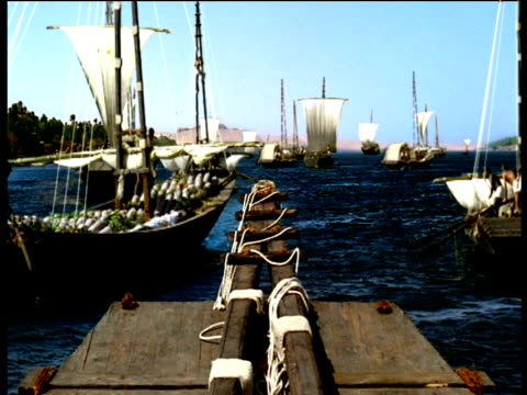 reconstruction of ancient egyptian boats sailing in harbour giza - menschliche gliedmaßen stock-videos und b-roll-filmmaterial