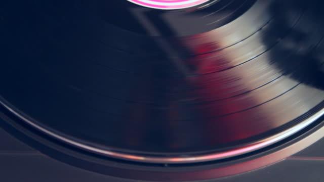 vidéos et rushes de lecteur de disque - disque vinyle