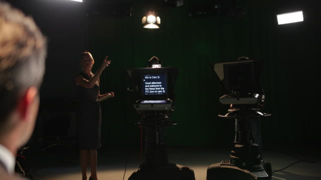 vídeos y material grabado en eventos de stock de tv recording studio with auto queue ready - teleprompter