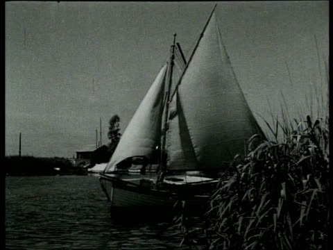 1941 B/W Recreation in and around the river Vecht / Utrecht, Netherlands