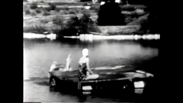 vidéos et rushes de 1959 recreational vs industrial water use: johns hopkins science review - castor rongeur