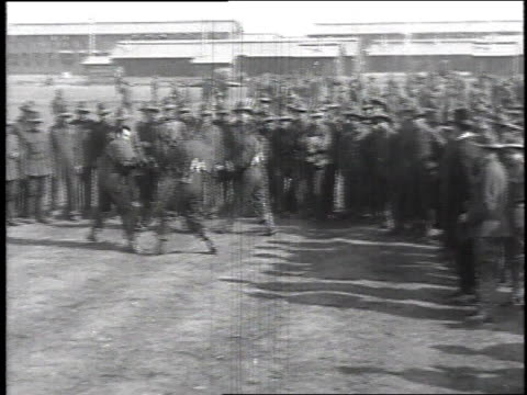 stockvideo's en b-roll-footage met recruits gathering in circle watching two pairs of men boxing / camp sherman chillicothe ohio united states - chillicothe