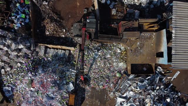 リサイクルセンター - リサイクル工場点の映像素材/bロール