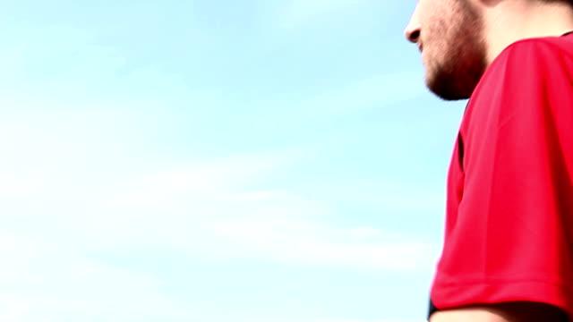 Rote Karte für Fußball-Spieler.