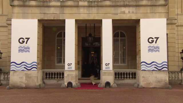 red carpet being rolled out outside lancaster house in london, where the g7 foreign and development minister's meeting is being held - preparation stock videos & royalty-free footage
