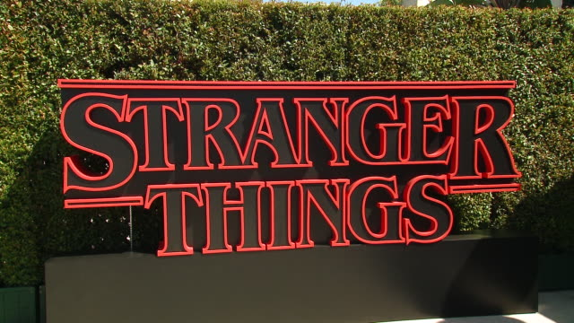stockvideo's en b-roll-footage met red carpet stranger things season 3 world premiere in los angeles ca - première
