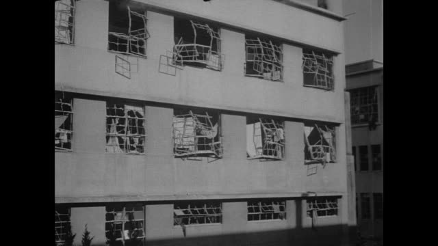 red cross hospital in hiroshima survives atomic blast - radioaktiver niederschlag stock-videos und b-roll-filmmaterial