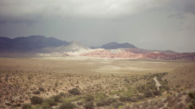 vídeos de stock, filmes e b-roll de parque estadual de red rock canyon - parque estadual