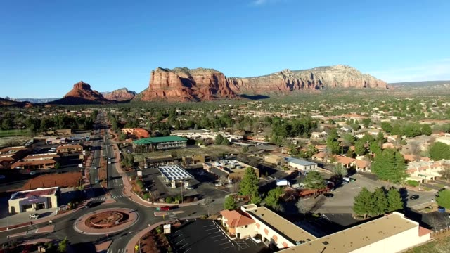 red rock country in arizona - arizona stock-videos und b-roll-filmmaterial