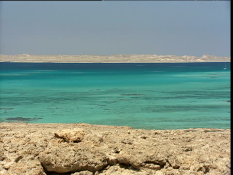 red sea scenic with turquoise water - red sea stock videos & royalty-free footage