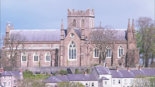 red stone church, armagh, northern ireland - protestantism stock videos & royalty-free footage