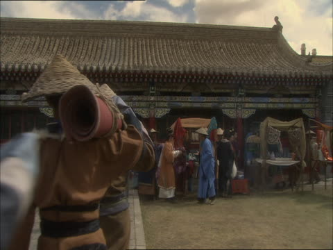 re-enactment of beijing market during the 13th century - 再現劇点の映像素材/bロール