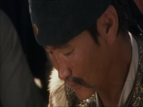 re-enactment of captured chinese military teaching mongolian army the secrets of chinese battle - reenactment stock videos & royalty-free footage