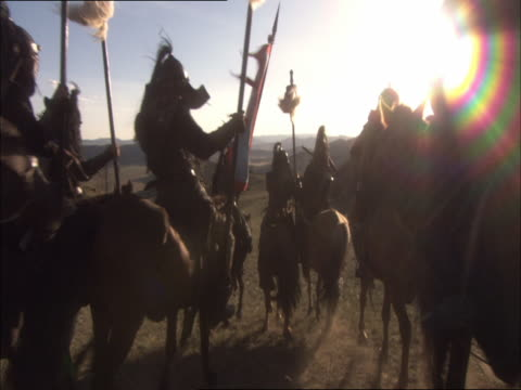 vidéos et rushes de re-enactment of genghis khan's army marching to northern china - historical reenactment