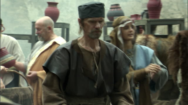 ms, pan, reenactment of people at medieval outdoor market, vilnius, lithuania - 中世点の映像素材/bロール