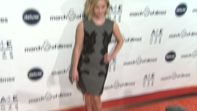 stockvideo's en b-roll-footage met reese witherspoon at march of dimes celebration of babies luncheon honoring jennifer lopez in los angeles ca on 12/06/13 - jennifer lopez