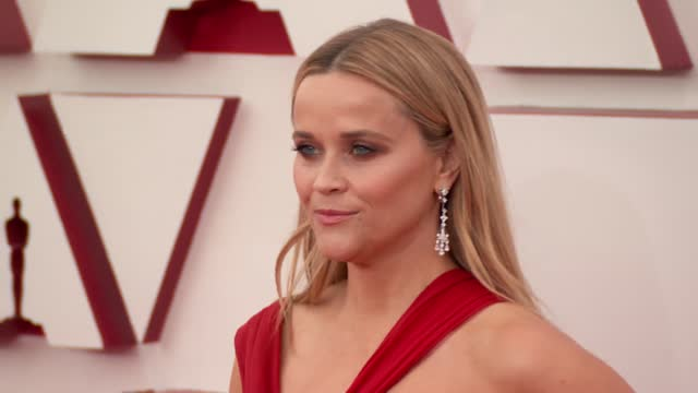 stockvideo's en b-roll-footage met reese witherspoon at the 93rd annual academy awards - arrivals on april 25, 2021. - academy awards