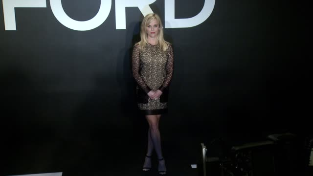 stockvideo's en b-roll-footage met reese witherspoon at tom ford presents his autumn/winter 2015 womenswear collection at milk studios on february 20 2015 in los angeles california - dameskleding