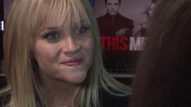 reese witherspoon on the way to her heart, not knowing chat up lines at this means war uk premiere at odeon kensington on january 30, 2012 in london,... - interview stock videos & royalty-free footage
