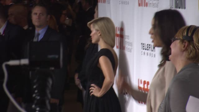 "vídeos de stock, filmes e b-roll de reese witherspoon - ""wild"" premiere - toronto international film festival 2014 at roy thomson hall on september 08, 2014 in toronto, canada. - festival de cinema de toronto"