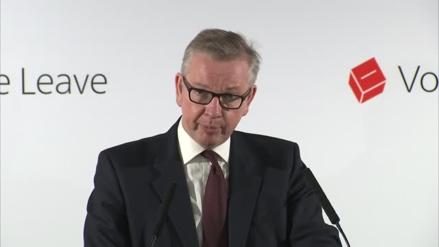 referendum camapaign: celebrities back remain / vote leave immigration warning; london: int michael gove mp to podium for press conference michael... - 男爵夫人点の映像素材/bロール