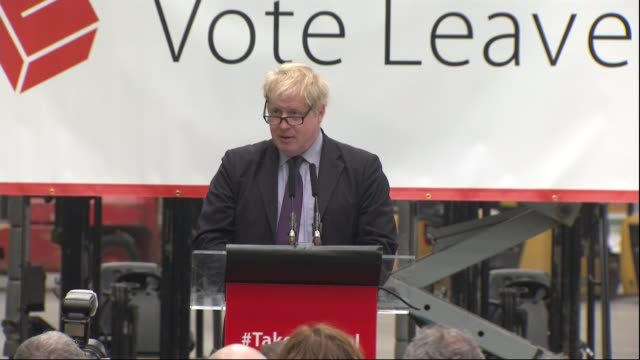 boris johnson attends vote leave campaign event in dartford england kent dartford europa worldwide int boris johnson mp arriving to applause sot /... - 2016 european union referendum stock videos & royalty-free footage