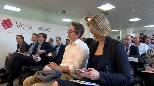 boris johnson vote leave press conference cutaways england london lambeth int cutaways throughout journalists awaiting boris arrival/ boris johnson... - laura kuenssberg stock-videos und b-roll-filmmaterial