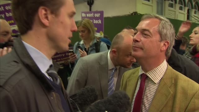 Leave Nigel Farage campaigning in Leeds ENGLAND Yorkshire Leeds THROUGHOUT*** Nigel Farage MEP shouting NATSOT 'our country back' / Farage signs...