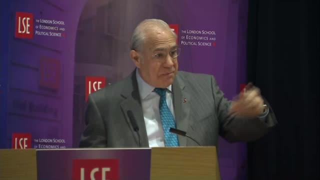 oecd press conference england london london school of economics photography** angel gurria speech sot - oeec video stock e b–roll