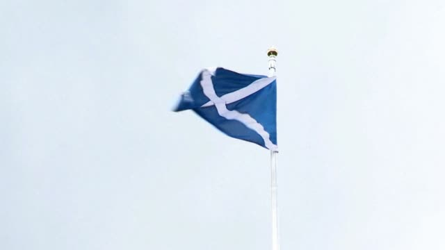vídeos de stock, filmes e b-roll de a referendum on scottish independence should be held soon because the uncertainty about the issue is damaging scotland's economy british prime... - david cameron político