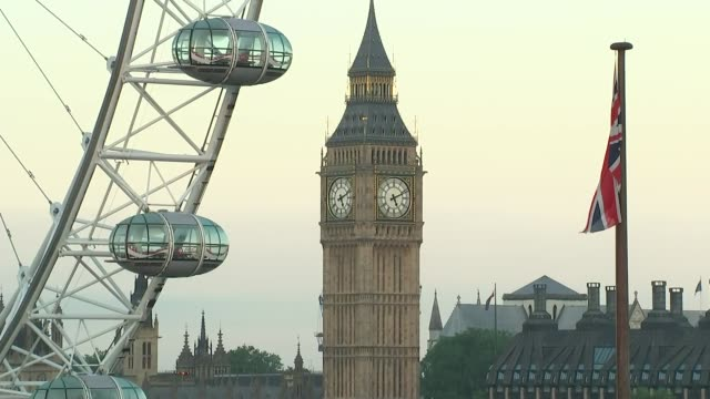 to leave the eu: stronger in party; england: london: ext various views of big ben from the buiklding housing nthe party of the stronger in campaign,... - brexit stock videos & royalty-free footage