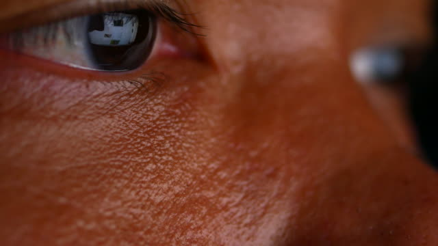 reflection in the eye of the monitor when surfing the internet. - electronic organizer stock videos and b-roll footage