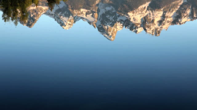 CU,  Reflection of the Grand Tetons in the Snake River, Grand Teton National Park, Wyoming