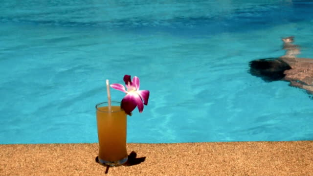 refreshment at the pool - drinking glass stock videos & royalty-free footage
