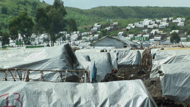 ws refugee camp, refugee camp, goma, congo - refugee camp stock videos & royalty-free footage