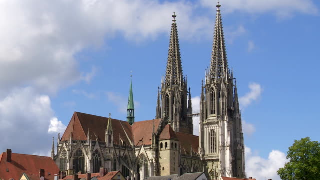T/L Regensburg Cathedral From The Northeast