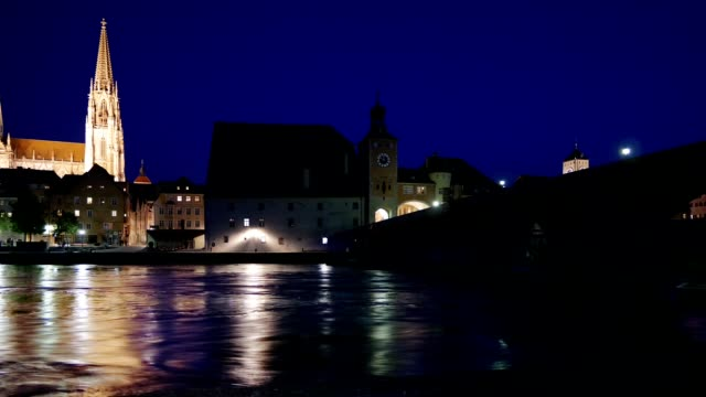 regensburg old town and the old stone bridge at night - regensburg stock videos & royalty-free footage