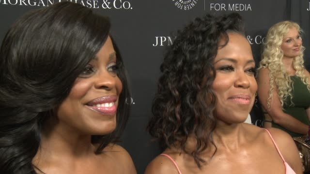 stockvideo's en b-roll-footage met regina king and niecy nash at the paley center for media's tribute to african-american achievements in television presented by jpmorgan chase & co.... - 2015