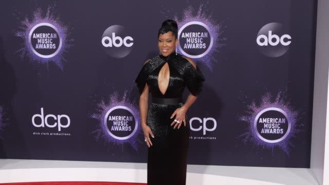 regina king at the 2019 american music awards at microsoft theater on november 24 2019 in los angeles california - american music awards video stock e b–roll