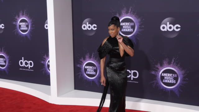 regina king at the 2019 american music awards at microsoft theater on november 24, 2019 in los angeles, california. - microsoft theater los angeles stock videos & royalty-free footage