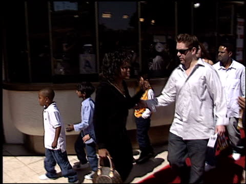 regina king at the 'daddy day care' premiere on may 4 2003 - regina king stock videos and b-roll footage