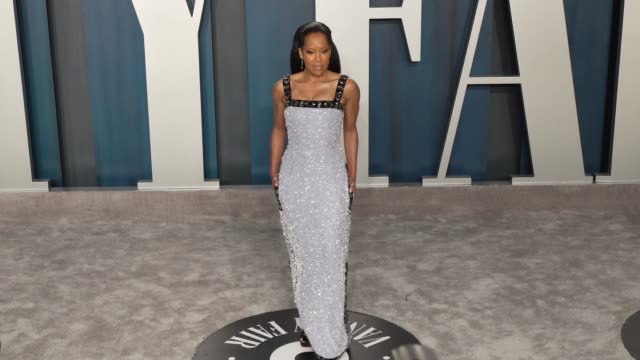 stockvideo's en b-roll-footage met regina king at vanity fair oscar party at wallis annenberg center for the performing arts on february 9 2020 in beverly hills california - vanity fair